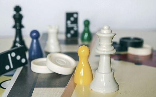 board-game-packaging