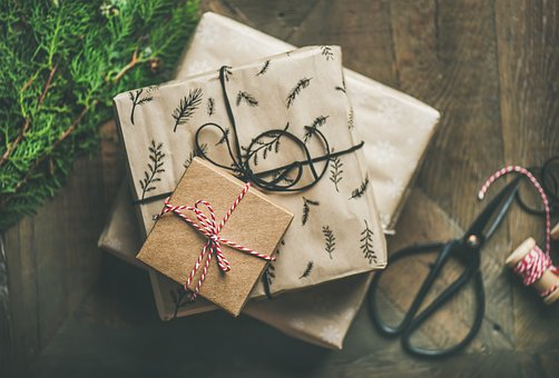sustainable-christmas-packaging
