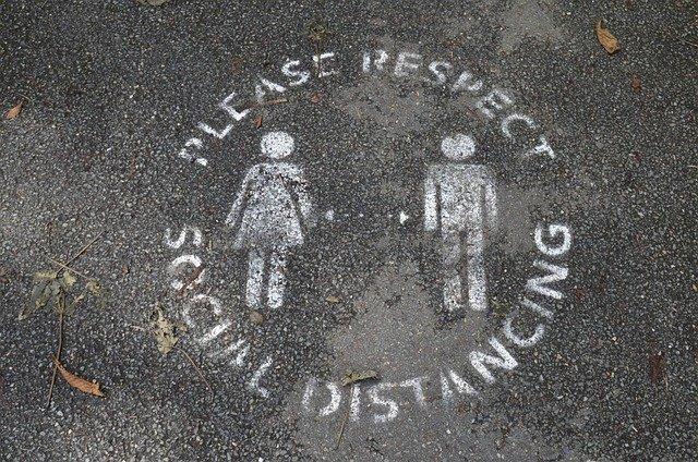 cardboard-helps-social-distancing