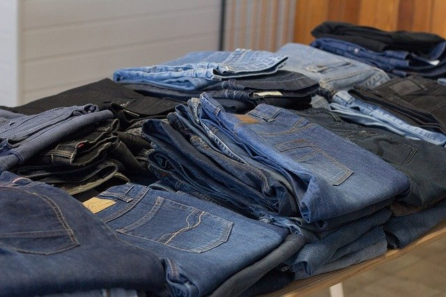 Sustainable-second-hand-clothes